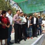 Recibe el Presidente Municipal @EVillegasV de manos de @MakySolisN la Propuesta de obra del PRI 2015 http://t.co/NlVA18qB55