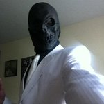Fresh suit, badass tie…just add 8 dollar rubber mask, 2 dollar spray paint. BOOM! Instant Black Mask costume! http://t.co/ndfkvOw33M