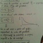 Per què el panellet de pinyons és més bo com més petit és? Demostració matemàtica. http://t.co/WRX6DjII46