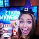 Happy #Halloween! This witch comes bearing treats, no tricks... #trickortreat @KGWsunrise http://t.co/LtCsk6QkmU