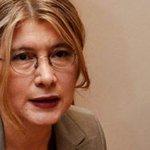 Emine Ülker Tarhan CHPden istifa etti http://t.co/9nM3UYCQ8B http://t.co/6Swj2RlhgP