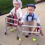 The cutest #HalloweenCostumes ever! ☺️???????? http://t.co/nHP0J6J9Ul