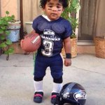 """""""@CookTheGreat: All the womens baby fever is on 1000 right now after seeing this one http://t.co/8EBcAvpRv4"""" ADORABLE!! #GoHawks #TGIBF"""