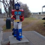 Good on you, Saskatoon! Whoever dressed up this statue gets a tip o the hat. #yxe #Halloween2014 http://t.co/r4uQaPZnvV