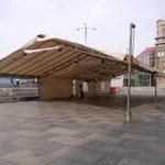 Xa está todo montado na Praza do Berbés para comezar a celebrala Festa do Samaín esta tarde dende as 17:30 horas http://t.co/pS42fYxe0F