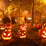 Check out 6 of New Yorks spookiest, scariest homes to kick off #Halloween. http://t.co/iUAuM5w780 http://t.co/5lpTicNRjd