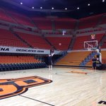 45 minutes before Oklahoma State practice and who do you think is lonely figure getting shots up? Phil Forte. http://t.co/kcP1Xi5wlM
