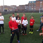 Angel Di Maria has been giving the @StreetReds_MU participants a bit of a masterclass in keepy uppy #mufc http://t.co/l6BpmmRtkV
