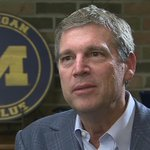 BREAKING: University of Michigan athletic director Dave Brandon resigns #Local4 http://t.co/3lq10T3a1p http://t.co/TtpjV0rE2v