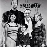 Hoy es Halloween y aquí, en España, lo celebramos con nuestros particulares personajes ;-) http://t.co/MxMnB72erc