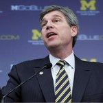 Breaking: University of Michigan AD Dave Brandon will resign, reports @McMurphyESPN http://t.co/mjzTRuLZ9j