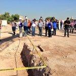 Supervisando los trabajos en el Complejo Cultural y Deportivo Poniente, que lleva un 25% de avance #Torreón http://t.co/Qsv0VDhnnS