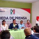 En rueda de prensa sobre el Convenio de Coordinación Fiscal. @Pepe_Campillo @manuelherrera1 http://t.co/BLwY7Bjajh