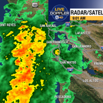 Moderate to heavy rain moving into Marin Co, just off #SF shoreline. Thankfully, no lightning. #SFGiants http://t.co/YRWpibEzGD