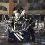 Head of Burkina Fasos army takes power after President Blaise Compaore resigns: http://t.co/gNdum78Ce2 http://t.co/FElRDjCFIa