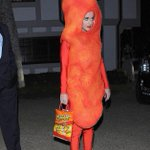 """""""@BuzzFeed: .@katyperry dressed as a cheeto for Halloween http://t.co/lTK3hGTqyU http://t.co/qG2n7TzgdQ"""" This makes me very happy."""