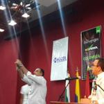 @MinAgricultura @MinIragorri recibió desde un drone café especial producido en La Angostura @SENAComunica en el Huila http://t.co/IcWcL851t7