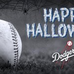 Happy Halloween #Dodgers fans! Check back at 11am PT to see who won the #DodgersHalloween pumpkin carving contest! http://t.co/0m2KRnvJPq