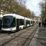 Manifestation ce samedi à #Nantes : le détail des perturbations #tram #bus http://t.co/8O4JqKPWdF http://t.co/D8cQpLSZQm