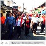 El @GobiernoVer refrenda su compromiso con familias afectadas en #Coatepec, por incendio en el mercado Rebolledo. http://t.co/racp5G3JZS