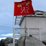 #MPHS teachers Louie Jones & Nate McClellan climbed Mt Pilchuck yesterday to put a MPHS flag at the lookout. http://t.co/aqROAV3j1E