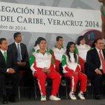 El Presidente y el Gob. Duarte abanderan en Los Pinos a nuestros atletas que participarán en los JCC Veracruz 2014 http://t.co/btIrdHlsR7