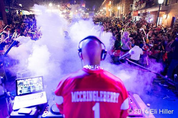 #HingleMcCringleberry DJ'ed to a massive crowd in Athens, Ohio for #HallOUween I figured @KeeganMKey would be proud! http://t.co/0bPXTRKUGC