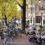 Aangenaam rommelhoekje http://t.co/RZL34bEuwf #Amsterdam http://t.co/Wx7DIM0Deo