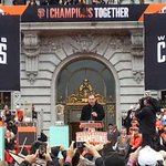 """All you fans. YOU are a force. And we feed off of it."" - #BossBochy #SFGParade #SFGiants http://t.co/1olS5zOxFG"
