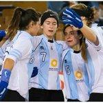 #HockeySobrePatines RT al equipo que puede darle 5 copas del Mundo a este país  #Mundial LA FINAL#Arg vs #Francia http://t.co/QlgxxOfPJw