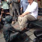 Rechazamos el monumento inaugurado por #Nebot y exigimos el retiro de todos aquellos que aludan al trabajo infantil http://t.co/3dAck2lbMt