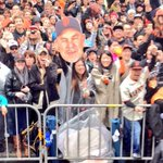 Hey! Its @carmenkiew and Bruce Bochy! Haha, loved the Bochy head, girl! #SFGiantsParade http://t.co/6T27kEZPPY