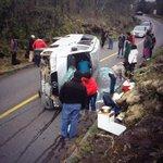 Accidente en Subida Volcán Osorno, Puerto Varas. Vía @DiGonzalo http://t.co/N23jM8x6dE