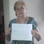 Me ayudan con un RT para que @Aerolineas_AR se haga cargo de la valija de mi tía en CCS https://t.co/W2eU6gQud6 http://t.co/jMuOGFN92c