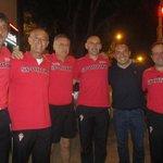 El ex sicólogo sportinguista Joaquín Valdés, ahora en el Barça, se acercó al hotel rojiblanco http://t.co/CySLVd0U03 http://t.co/ovHVaaHMnS