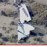 #Breaking: Virgin Galactic spaceship EXPLODES... pilot dead http://t.co/gvFdjeCpiE http://t.co/9jXhLPwXvM