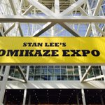 Whos here with us? @StanLeeComikaze @Tetris_Official #WeAllFitTogether #Tetris http://t.co/1SlR0g2eFH