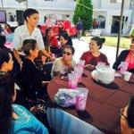 Llegamos al #CaféRosa #100 y lo llevamos a personal de casa a @DIFMunicipalDgo @Marisol_rosso http://t.co/S1ErzUdwFY