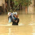 Sobe para 605 o número de pessoas fora de casa devido às chuvas no ES http://t.co/6JPGy0ETts #G1 http://t.co/bC1JBA4R3b