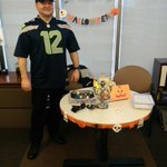@SeattlePD A/Sergeant Dave Terry wishes you a safe and Happy Halloween! http://t.co/PDjjKrMwoT
