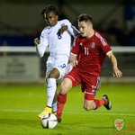 Wales captain Tyler Roberts and Liam Cullen lead the attack against England in the #VictoryShield http://t.co/iAGx81PtuN