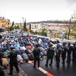 Palestinians prayed on the streets of #Jerusalem today because IDF closed down Al Aqsa Mosque. #Palestine #Gaza http://t.co/EUMc9TEuDn