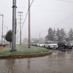 Because the freezing level is less than 2,000 ft above the ground. RT @bmatterABC: #snow #why? @TomCoomes http://t.co/tABAIaTBGl