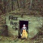 Justo lo que necesito para curar mi depresión. Abrazos!   Feliz Halloween http://t.co/hyEGtswxcr