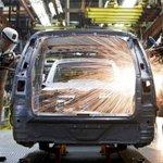 GM suspende contratos de trabalho de 850 empregados em fábrica no ABC. http://t.co/O3GucRAKho http://t.co/hLLxOvtbzz