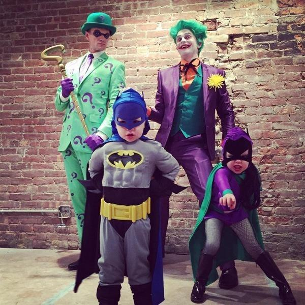 Neil Patrick Harris And Family Once Again Have The Most Perfect Halloween Costumes http://t.co/i133EAk31X http://t.co/uzWFRyyOeu