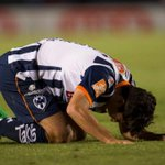 Zombie Morelia muerde a los Rayados http://t.co/NDUDgpXGnn http://t.co/rcwURr5Wi0