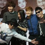 Press conference ended with photo taking session #RaceStartMY #runningman http://t.co/6iH0Y7hRgI