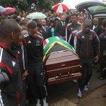 God be with the Family of Meyiwa at Mlazi Kzn Rest in Peace Boy Senzo Meyiwa u will always be remembered @RISEfm943 http://t.co/yXG4WSWiB7