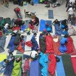 El grupo se va a dormir tras una gran actividad de hallowen!!! El año que viene mas y mejor!!! http://t.co/a7zi3Ji4x3